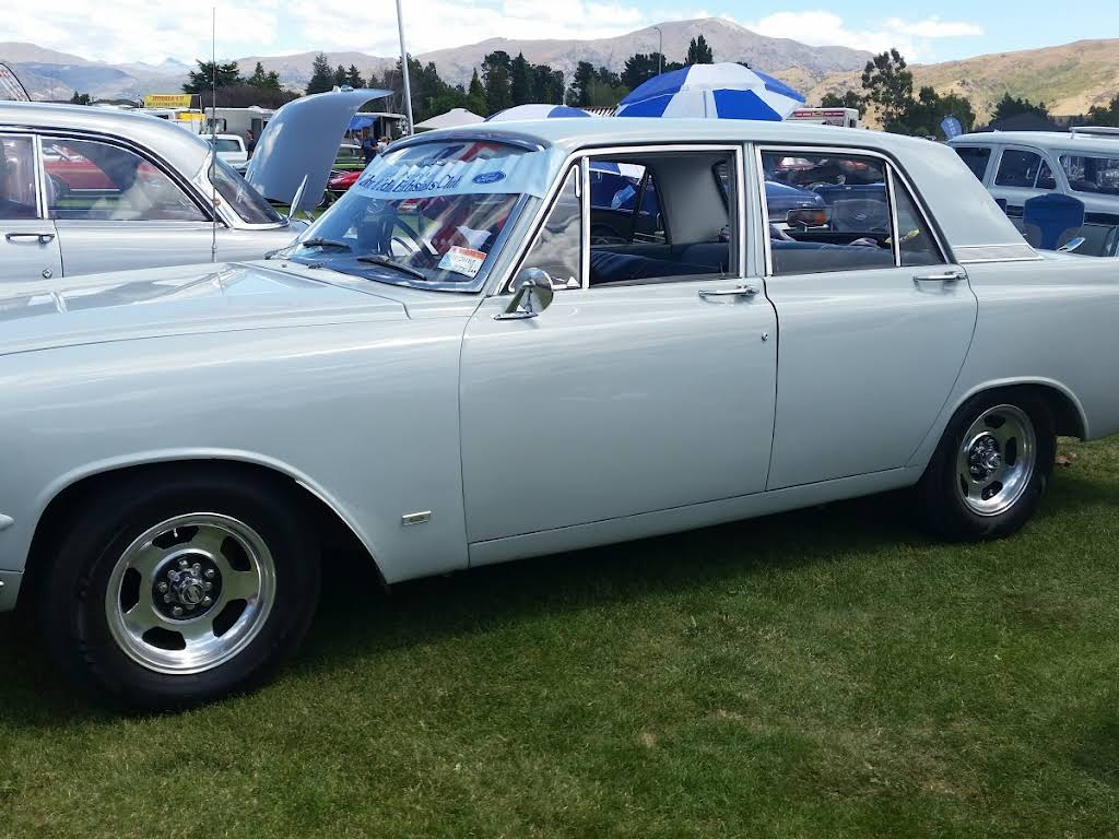 ford zephyr for hire in timaru bookaclassic. Black Bedroom Furniture Sets. Home Design Ideas
